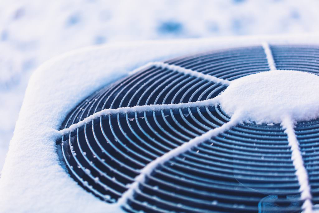 Maintenance of ventilation and air conditioning systems in the winter